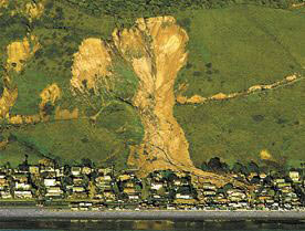 La Conchita mudslide  MIKE ELIASON / NEWS-PRESS FILE